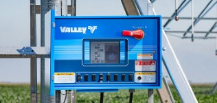 valley icon10 smart panel for center pivot irrigation