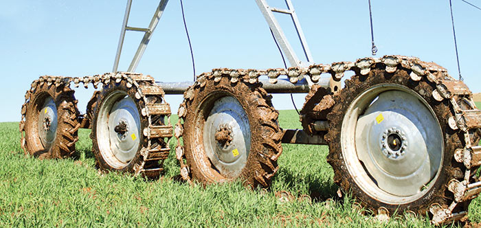 Propulsor de Orugas Articulado - irrigation tires - center pivot irrigation